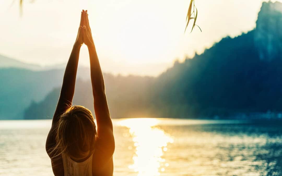 Surya Namaskara – les secrets de la salutation au soleil – dim. 8 décembre