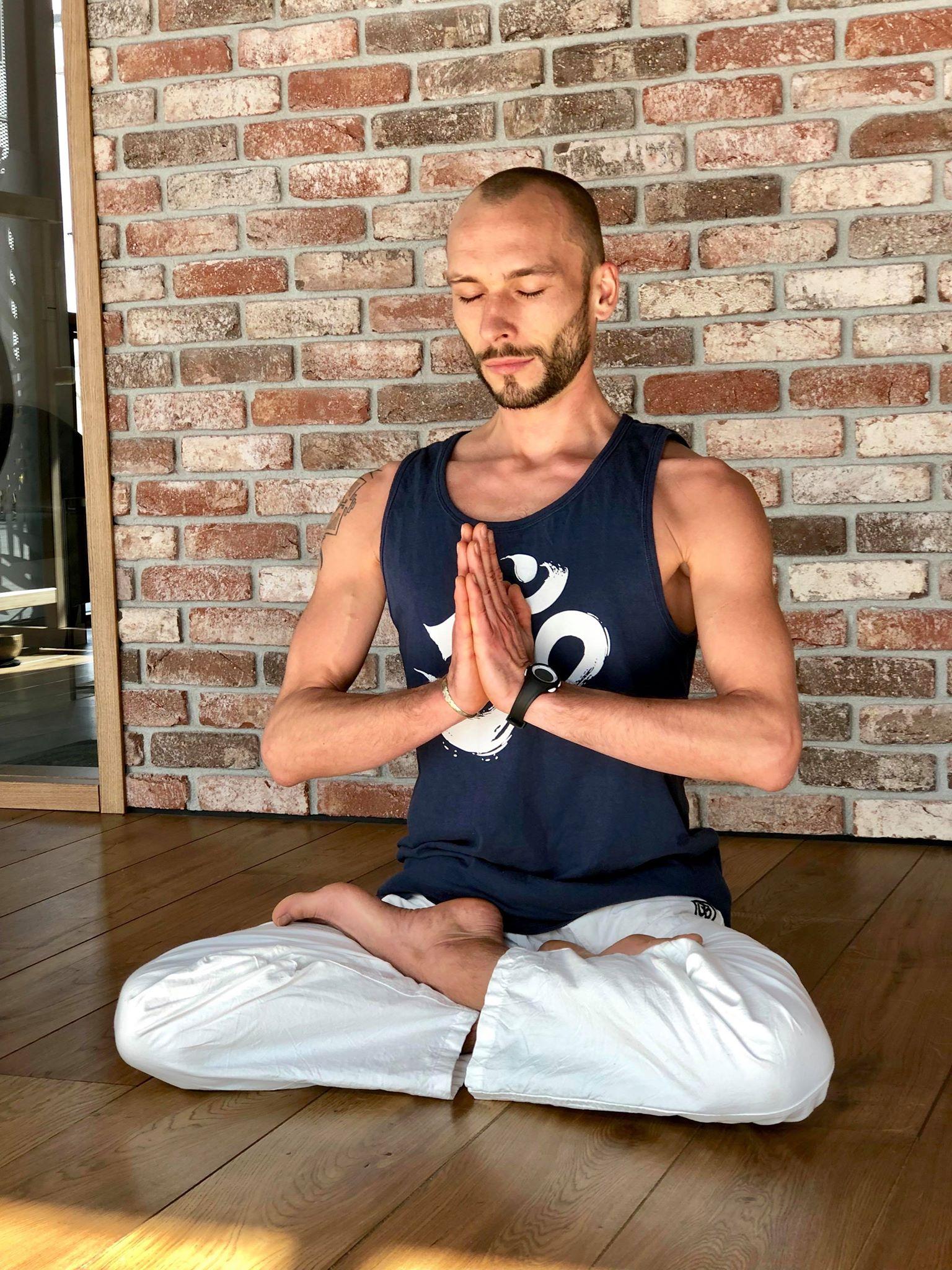 Clément professeur de yoga à Nantes