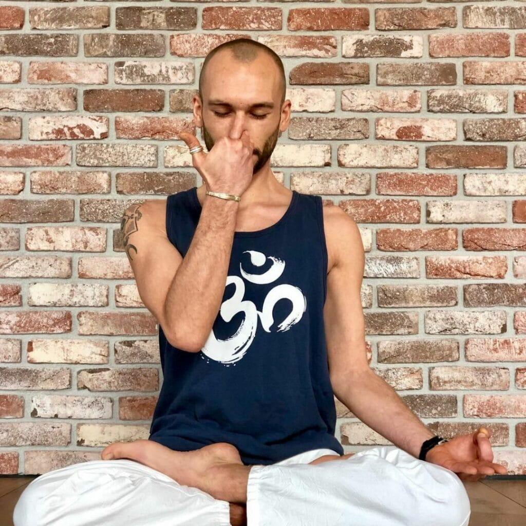 Pranyama offert aux adhérents Elephant Yoga Studio Nantes