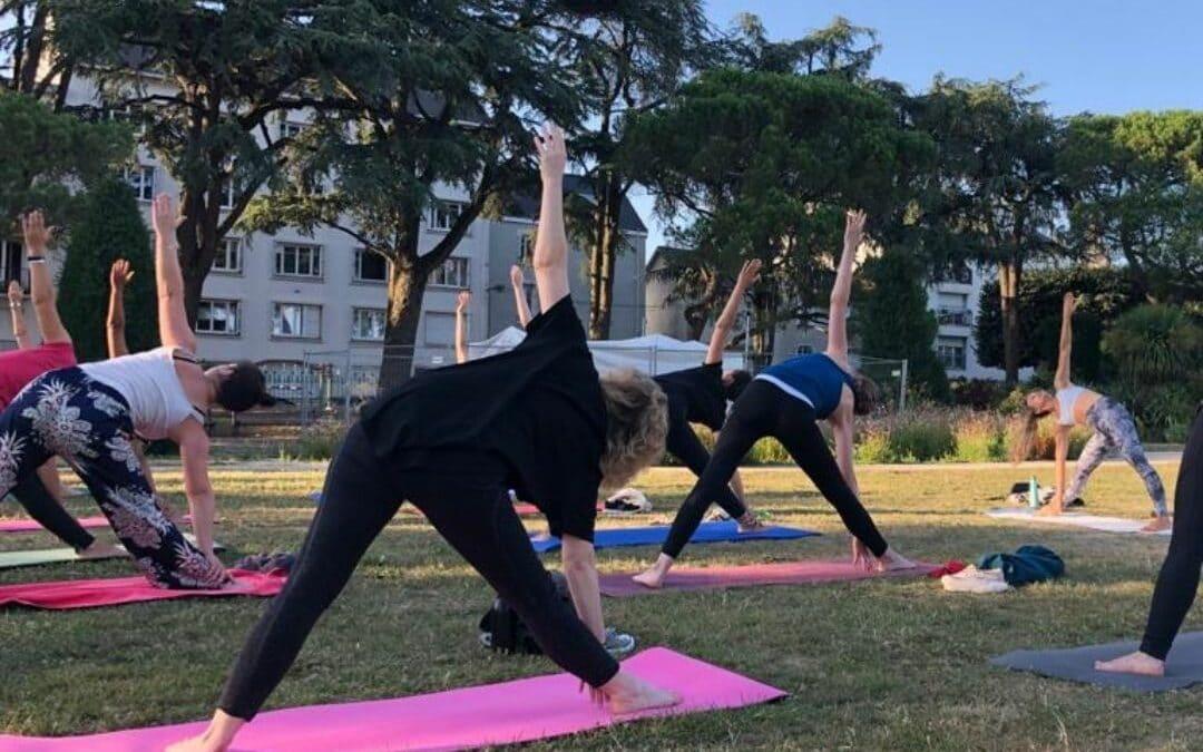 Yoga au parc avec Nantes terrain de jeux été 2021