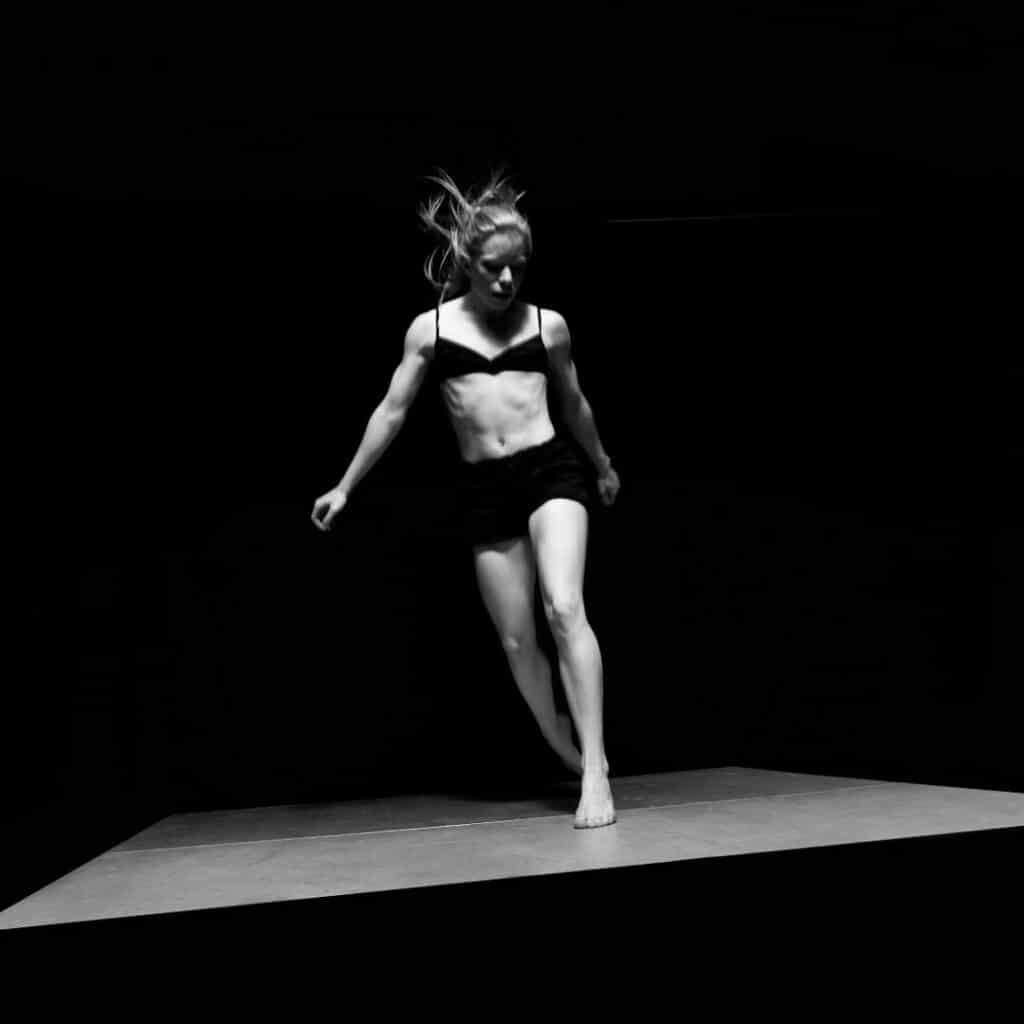 atelier yoga et danse à Nantes avec Manon Poulet