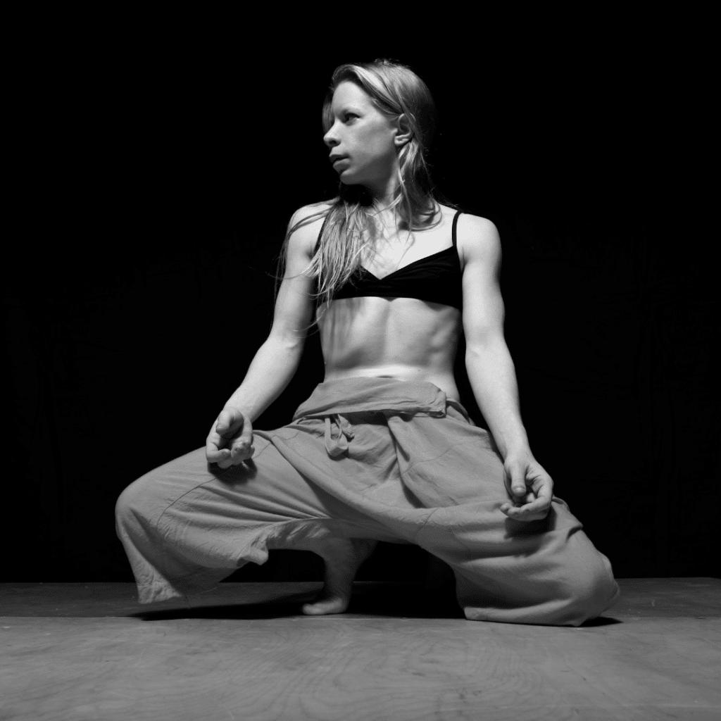 ateleir yoga et danse avec Manon Poulet