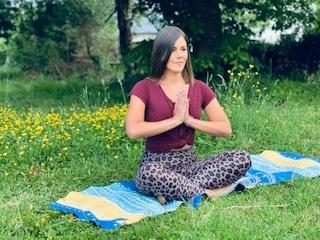zelda professeur de yoga vinyasa